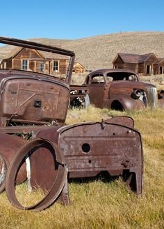 Live out your wildest Wild West fantasies at this abandoned ghost town, frozen in time.
