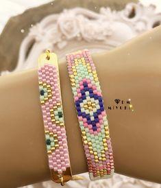 Pink künye kombin🌸💖 🌷 Design✂️&Photo📸 ➡️Dm miyuki - - - - - - - - - - - - - - - - - - - - - - - - - - Bilgi için ➡️Dm ulaşabilirsiniz 🌟 🌸 • • • • #miyuki #trend #style #bracelet #happy #design #love #jewelry #fashion #takı #instagood #instalike #accessories #aksesuar #taki #beautiful #colors #colorful #instadaily #colorful #happy #handmade #elemeği #tasarim #aksesuar #photooftheday #like4like#bileklik #yaz #summer #kalp#miyukibileklik Beaded Necklace Patterns, Beaded Jewelry, Bead Loom Bracelets, I Love Jewelry, Loom Beading, Seed Beads, Like4like, Accessories, Dyi