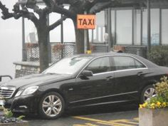Transfer to/from airport - Taxi service - Minibus.