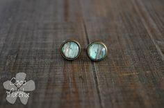 Stud earrings  Clous d'oreilles  Mint wood  Vert par CocoMatcha