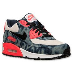 The Nike Air Max 90 Denim Men's Running Shoe continues a legacy that began way back 1987, when the first Nike Air Max shoe debuted with a visible air unit. And it's only gotten better with time. This version of the footwear icon is made with premium denim on the upper, foam midsole and visible Max Air unit in the heel for the ultimate in durability, cushioning and bold style. <p>FEATURES:</p><ul><li>UPPER: Denim </li><li>MIDSOLE: Foam midsole with a Max Air unit in the heel </li><li>OUTSOLE…