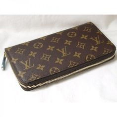 louis vuitton monogram canvas zippy organizer wallet  I have this wallet to go with my never full tote it's awesome