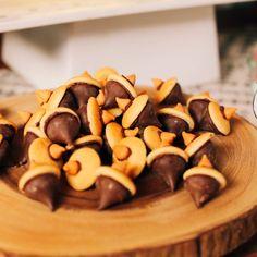 """Acorn Cookies: or perhaps Piglet's favorite--""""haycorns"""""""