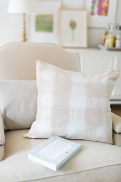 View entire slideshow: Best Ever Home DIYs and Design Hacks on http://www.stylemepretty.com/collection/4399/