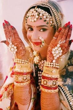 Cleaver & Erotic Political Bribe Of Poltical Bride & Groom Brainwashing Youth Indian Bridal Photos, Indian Wedding Poses, Indian Bridal Fashion, Indian Weddings, Indian Bride Poses, Indian Wedding Couple Photography, Bride Photography, Bath Photography, Jewelry Photography