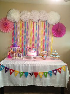 My little pony party backdrop for her MLP/Rainbow party My Little Pony Cake, My Little Pony Birthday Party, Trolls Birthday Party, 4th Birthday Parties, Pig Birthday, Birthday Ideas, My Little Pony Decorations, Kids Party Decorations, Party Ideas
