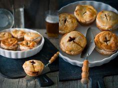Koláčky s hovězím masem na pivu , Foto: Sweet pixel blog Muffin, Breakfast, Blog, Morning Coffee, Muffins, Blogging, Cupcakes