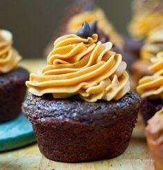 Peanut Butter Chocolate Vegan Cupcakes. (Two Ways!)