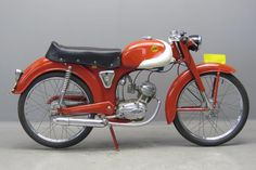 Yesterdays antique motorcycles buying and selling antique motorcycles and related items Antique Motorcycles, Honda Motorcycles, Custom Motorcycles, Custom Bikes, Womens Motorcycle Helmets, Motorcycle Types, Motorcycle Girls, 50cc Moped, Vintage Moped