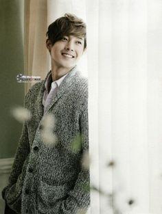 Kim Hyun-Joong (김현중) - DATV Desktop Calendar 2013