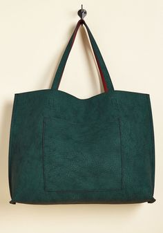 Totes Awesome Reversible Bag in Emerald & Tan. Hold the phone, girl, did you see this totally amazing bag? #green #modcloth