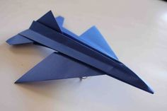 How to Make An Airbus origami Paper Plane Instruction Origami Paper Plane, Origami Airplane, Origami Swan, Origami Lamp, Origami And Kirigami, Origami Dragon, Origami Bird, Origami Owl Jewelry, Paper Crafts Origami