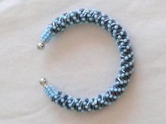 Bracelet fait main en perles mini tubes et rocailles by khadijahandmade on Etsy