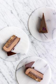 Chokolademousse med passionsfrugt
