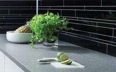 Bytt stil på kjøkkenet med ny benkeplate - Byggmakker Kitchens, Plants, Kitchen, Plant, Cuisine, Cucina, Planets