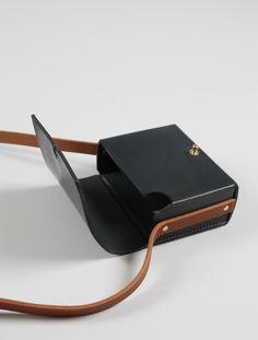 AWAI Stud Fastening Contrast Leather Box Bag