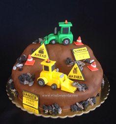 Bulldozer cake Bulldozer Cake, Construction Cakes, Transportation, Birthday Cake, Parties, Desserts, Recipes, Food, Fiestas