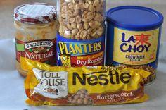 A Holiday No-Bake Treat: Butterscotch Haystacks — Nutritious Eats Christmas Snacks, Christmas Baking, Christmas Goodies, Christmas Candy, Homemade Christmas, Christmas Recipes, Christmas Gifts, Candy Recipes, Recipes