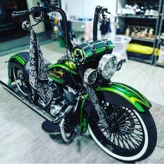 davidson bagger old school Harley Bagger, Bagger Motorcycle, Harley Softail, Harley Bikes, Harley Davidson Chopper, Indian Motorcycles, Triumph Motorcycles, Ducati, Mv Agusta