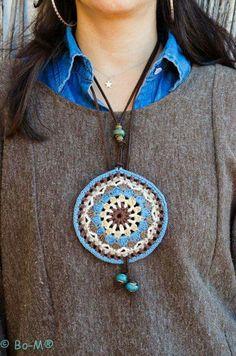 Kolye Freeform Crochet, Crochet Mandala, Crochet Stitches, Crochet Patterns, Love Crochet, Vintage Crochet, Crochet Gifts, Crochet Flowers, Knit Crochet