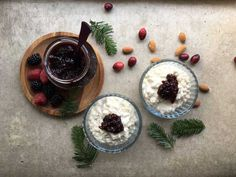 For a very simple and very good dessert, with a touch of bubbles: rice pudding with marinated oranges and cherry jam & champagne! Champagne, Orange, Fun Desserts, Panna Cotta, Bubbles, Cherry, Rice, Pudding, Touch
