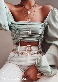 Beautiful top + belt via Discount Code: for off Top: Nights In Milan Top Belt: Couture Week Belt via Teen Fashion Outfits, Mode Outfits, Fashion Dresses, 2000s Fashion, Hip Hop Fashion, Cute Casual Outfits, Chic Outfits, Pretty Outfits, Top Mode