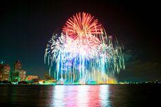 2011 Fireworks in Windsor Ontario