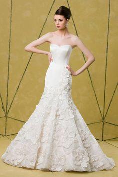 Style Sophia by Badgley Mischka Bride
