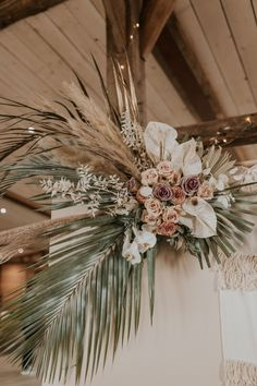 Gallery, description, and supplier list of a beautiful beach boho elopement at the Cherry Barn planned and styled by The Stars Inside. Bohemian Beach Wedding, Beach Wedding Inspiration, Boho Bride, Boho Inspiration, Wedding Ideas, Flower Crown Wedding, Floral Wedding, Flower Crowns, Wedding Bouquets