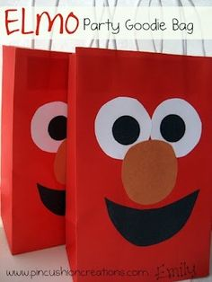 Elmo Party Bag kaylee-s-birthday Sesame Street Party, Sesame Street Birthday, Elmo Birthday, First Birthday Parties, Birthday Ideas, Birthday Favors, Happy Birthday, Party Favor Bags, Goodie Bags