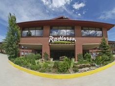 Colorado Springs (CO) Radisson Hotel Colorado Springs United States, North America Ideally located in the prime touristic area of Southeast Colorado Springs, Radisson Hotel Colorado Springs promises a relaxing and wonderful visit. The hotel offers guests a range of services and amenities designed to provide comfort and convenience. Take advantage of the hotel's 24-hour front desk, facilities for disabled guests, express check-in/check-out, luggage storage, Wi-Fi in public area...
