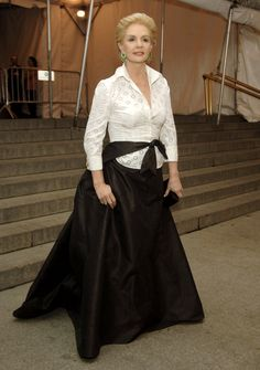 5 Things You Might Not Know About Carolina Herrera