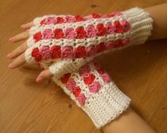 Crochet Parfait: Scrap Heart Fingerless Gloves