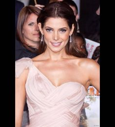 "Actress Ashley Greene, who plays Alice Cullen in Twilight, posed on the red carpet at the ""The Twilight Saga: Breaking Dawn - Part2"" Premiere held at Nokia Theater in Los Angeles on 12 November 2012."