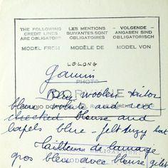 Tailleur Gamin de lainage bleu de Lucien Lelong, photographie d'époque du studio Dorvyne (circa 1935)