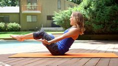 Bright summer mornings are a perfect time for this ten minute yoga core sequence! Start your day off right as Jennifer Galardi guides you through this sequence to tighten your abs and give you a burst of morning energy. Bikram Yoga, Ashtanga Yoga, Core Strengthening Yoga, Restorative Yoga Poses, Different Types Of Yoga, Outdoor Workouts, Yoga Routine, Yoga Benefits, Yoga Sequences