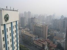 Air pollution blamed after Chinese girl, 8, gets lung cancer.