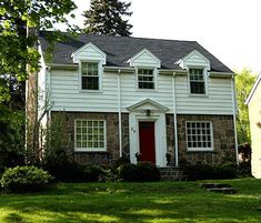 Stone and siding colonial revival home from Barrie, ON Style At Home, Colonial Revival Architecture, Dutch Colonial, Batten, Historic Homes, Exterior Colors, Curb Appeal, New England, Building A House
