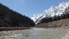 The Chumthang Valley is located in North Sikkim and appears on the right side of the road on the way to Zero Point