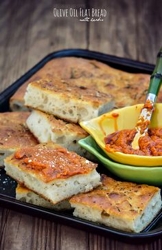 Olive Oil Flat Bread with Herbs @SECooking | Sandra #recipes #homemade #bread