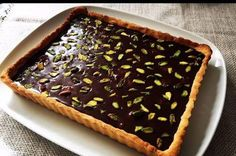 Chocolate dream recipe- Çikolata rüyası tarifi A different recipe that will make you forget all the chocolate desserts that you make. Chocolate Desserts, Chocolate Cake, Quiche, Dream Recipe, Chocolate Dreams, Donut Glaze, Food Words, Turkish Recipes, Different Recipes