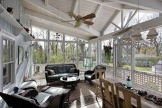 The best and easiest screened porch decorating ideas pictures to inspire you