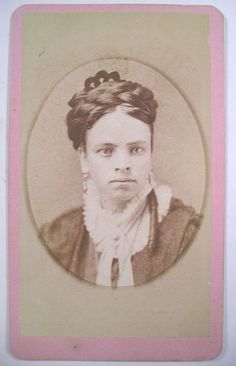 CDV PRETTY YOUNG 1870s WOMAN w/ THICK BRAID, HAIR COMB, EARRINGS Circleville OH