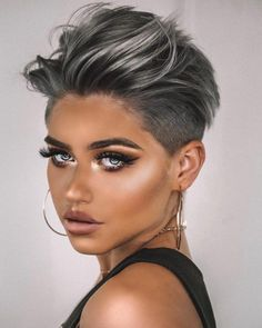 Women short hair 342836590385253530 - Trendy haircut short hair undercut trending hairstyles 50 Ideas Source by fjourget Short Hair Undercut, Short Hairstyles For Thick Hair, Short Pixie Haircuts, Short Hair Cuts, Curly Hair Styles, Haircut Short, Funky Short Hair, Pixie Haircut Color, Makeup For Short Hair
