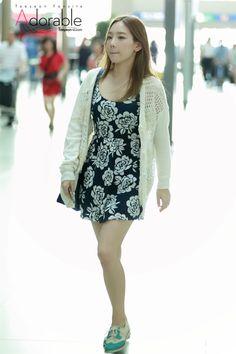 SNSD TaeYeon @ Airport OH MY GOOOD I HAVE THE SAME DRESS YAAAAAY :D