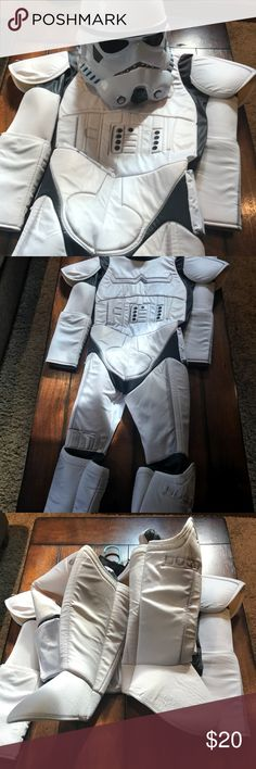 Storm Trooper costume Awesome Star Wars costume!! EUC purchased from Chasing Fireflies for $100. Does not include gloves. Size youth medium Chasing Fireflies Costumes