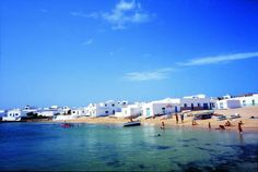 We'll visit the island of La Graciosa, 10 minutes by boat from Lanzarote. An oasis, a lost paradise within the islands Lost Paradise, Paradise On Earth, Tenerife, Canario, Island Beach, Canary Islands, Spain Travel, Best Hotels, Strand