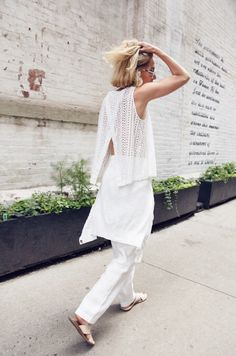 Cool white mesh outfit  | For more style inspiration visit 40plusstyle.com