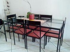Mesa de jantar em ferro/vidro com 6 cadeiras