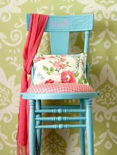 Decorate with Spring's Hot Colors